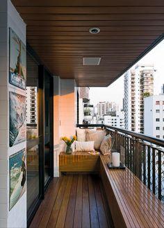 Tyylikäs tapa tehdä parvekkeesta oleskelutila! / A stylish way to decorate balcony. Pinned from another user.