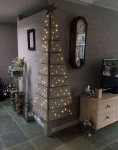 DIY Wooden Corner Christmas Tree