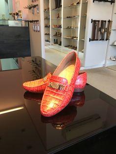 Pra começar sua semana bem colorida e muito confortável #koquini #comfortshoes #euquero #mocassim #wirth Compre Online: http://koqu.in/28INQtM