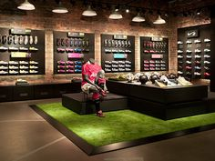 Global Creative Director / Retail Experience DesignWorked with store design, brand design, and retail marketing to create holistic retail environment for Nike inc. Design Shop, Shoe Store Design, Retail Store Design, Shop Interior Design, Retail Shop, Nike Retail, Football Shop, Shoe Wall, Shoe Display