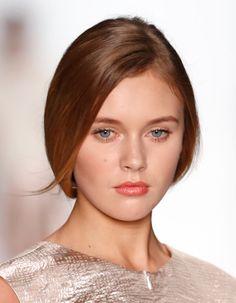 Coafuri par lung: Modele, tendinte si sugestii in 2014