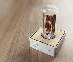 Blub Uno - A single retro tube clock by Duncan Hellmers — Kickstarter