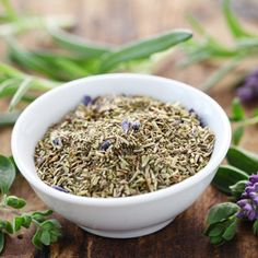 Classic Herbes de Provence Recipe - Food and Recipes - Mother Earth Living Homemade Spice Blends, Homemade Spices, Homemade Seasonings, Spice Mixes, Herb De Provence Recipe, Herbs For Health, Spices And Herbs, Fennel Seeds, How To Dry Basil