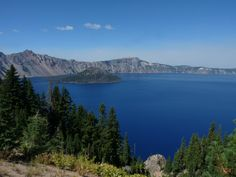 One of the cleanest bodies of water. With over 400 inches of average snowfall a year. A photographers paradise! Crater Lake National Park, National Parks, Oregon Travel, Adventure Tours, Pacific Northwest, West Coast, Places To Visit, Explore, Portland Oregon