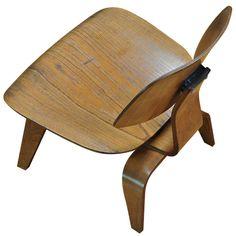 1947 Eames Evans Plywood Herman Miller Lounge Chair #eames @hermanmiller