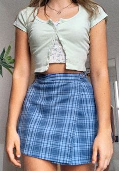 clueless inspo fit 🧚🏻‍♂️🦋 - Source by tariiiiiiiiiiiiiiiiiiiiiiiiiii - Cute Casual Outfits, Girly Outfits, Retro Outfits, Vintage Outfits, Summer Outfits, Clueless Outfits, Aesthetic Fashion, Aesthetic Clothes, Look Fashion