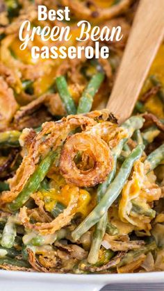 Best Green Bean Casserole [Video] - Sweet and Savory Meals Green Bean Casserole is the ultimate comfort food, loaded with fresh green beans, cream of mushroom soup, Cheddar cheese and french fried onions. Simple Green Bean Casserole Recipe, Good Green Bean Recipe, Easy Casserole Recipes, Cheese Green Bean Casserole, Thanksgiving Green Bean Casserole, Fresh Green Bean Recipes, Easy Recipes, Vegetable Recipes, Vegetarian Recipes