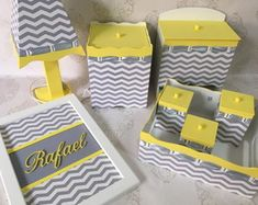 Designer Baby, Sunshine Birthday, Kit Bebe, Woodworking Projects Diy, Baby Design, New Tricks, Paper Design, Painting On Wood, Baby Kids