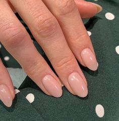Discovered by jenny. Find images and videos about fashion, style and beauty on We Heart It - the app to get lost in what you love. Bio Gel Nails, Work Nails, Short Gel Nails, Almond Acrylic Nails, Cute Acrylic Nails, Cute Nails, Pretty Nails, Glitter Nails, Bride Nails