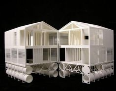 MOS Architects designed Floating House floated on Lake Huron. Built off-site and set atop steel pontoons, this wooden cabin measures Floating Architecture, Architecture Design, Online Architecture, Mos Architects, Haus Am See, Water House, Arch Model, Lake Huron, Floating House
