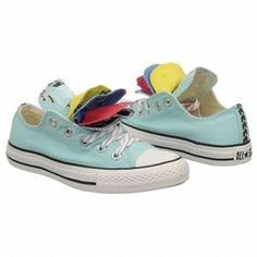 Must find these in my size! Turquoise AND Colombia colors <3