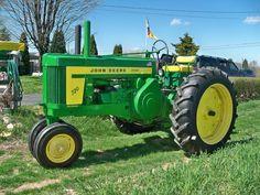 1957 John Deere 720 Diesel - Our pride and joy. Antique Tractors, Vintage Tractors, Vintage Farm, Antique Cars, Old John Deere Tractors, Farmall Tractors, John Deere Equipment, Old Farm Equipment, Farm Fun