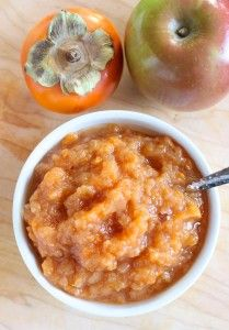 This sweet and flavorful Crockpot Persimmon Applesauce is a perfect side dish warmed in the winter or as a cool snack in the summer. Persimmon Cookies, Persimmon Pudding, Persimmon Recipes, Fruit Recipes, Apple Recipes, Baby Food Recipes, Fall Recipes, Recipies, Dessert Recipes