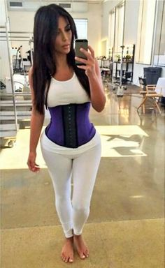 Kim kardashian Waist Trainning Shop www.shapegoodgang for this item  SGG Short  Our Waist Trainer is a corset that is made of lycra and internal latex material which help in maximum perspiration and fat burn.  The fabric of the corset has an advanced fabric and lining that enables the corset to stretch to your body both horizontally & vertically.