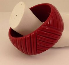 Vintage Chunky Wide Round Geometric Deep Red Lucite Bangle Bracelet