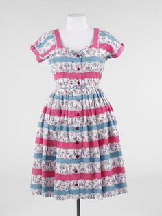 Object: Dress | Collections Online - Museum of New Zealand Te Papa Tongarewa
