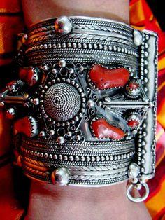 Bracelet en argent et corail ~berbère~