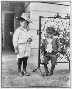 Quentin Roosevelt (son of Teddy) and his friend Roswell Newcomb Pinckney at the White House in 1901. They look like trouble :)