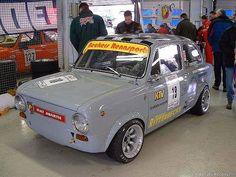 decoraciones simca 1000 y seat 850 Fiat 850, Fiat Abarth, Vintage Racing, Vintage Cars, Plane Engine, Fiat Panda, Fiat Cars, Ford Classic Cars, Steyr