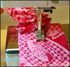 Ruffling tutorial.  Maybe I don't need that ruffle foot after all!