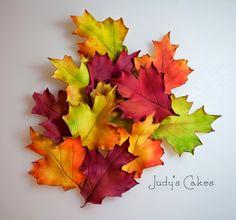 making gumpaste fall leaves