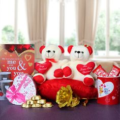 Make Your #Gift an Adorable One for Your Girl on This #Valentines_Day