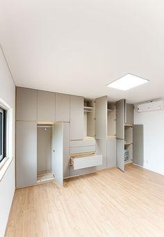 Wardrobe Room, Wardrobe Design Bedroom, Indian Room Decor, Micro Apartment, Other Rooms, Scandinavian Interior, Room Organization, Dressing Room, Interior Inspiration