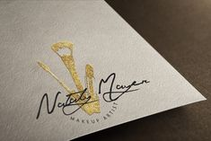 Artikel hnlich wie Premade Make-up-Logo, Maskenbildner, Gold-Glitter-Logo auf Etsy makeup artist logo What is Makeup ? What is Makeup ? Makeup Bar, Gold Makeup, Glitter Makeup, Makeup Tools, Makeup Brushes, Gold Glitter, Makeup Products, Makeup Artist Logo, Freelance Makeup Artist
