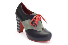 Angie P 412222-2  Heel Height: 10 cm Front plateau: 2 cm  Upper: Leather Lining: Leather   Outsole: Rubber  Black/Grey