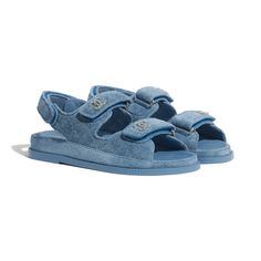 Beige Sandals, Women's Shoes Sandals, Fashion Slippers, Fashion Shoes, Girls Shoes, Baby Shoes, Chanel Watch, Mode Chanel, Chanel Store