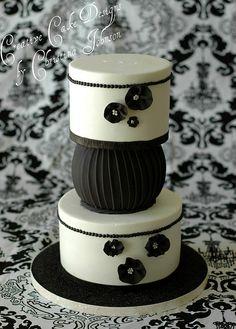 Black & White Couture Cake by Creative Cake Designs (Christina), via Flickr