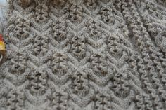 Rosemarythyme's Cablewing pullover - testknit English pattern