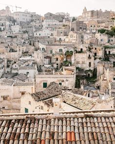 Historical surroundings, Matera, Italy @zachspassport