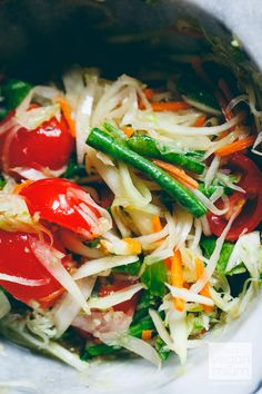 Thai Green Papaya Salad (Som Tam ส้มตำ) by veganmian #Salad #Green_Papaya #Healthy