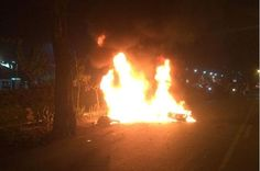 Dua Pengendara Tabrakan, Terseret 24 Meter, Kemudian Terbakar