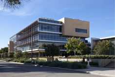Gallery of 331 Foothill Road Office Building / Ehrlich Yanai Rhee Chaney Architects - 7