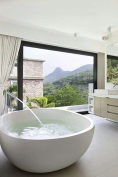 Love the look of this tub
