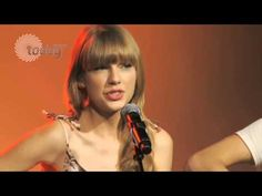 Taylor Swift I Knew You Were Trouble Live Acoustic