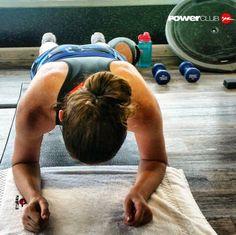 #Repost @therunnersjourney @powerclubpanama  Great morning at the gym. 8k on the treadmill [total time 41:49] followed by mini strength and core session #YoEntrenoEnPowerClub  #nevermissamonday #motivationmonday #runhappy #instarun #igrunners #runner #fit #fitness #beatyesterday #womenrunning #womensfitness #powerclubpanama