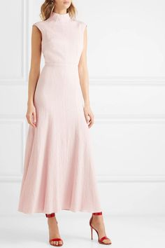 Emilia Wickstead - Open-back textured cotton-blend maxi dress Feminine Dress, Classy Dress, Classy Outfits, Casual Dresses, Fashion Dresses, Summer Dresses, Pretty Dresses, Beautiful Dresses, Stylish Dress Designs