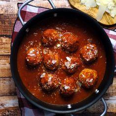 recipe: spaghetti squash with spicy marinara [32]