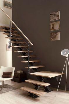 Un escalier quart tournant prêt à poser - Escalier : 15 modèles d'escaliers prêts à monter - CôtéMaison.fr#diaporama#diaporama