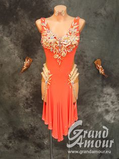 0795 | Grand Amour EU: The best dresses for the best dancers!