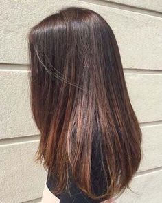Long Hair Reveals A Healthy Glow Love Her Hair 2019 - Beauty/ful - Brown Straight Hair, Haircuts Straight Hair, Brown Ombre Hair, Brown Hair Balayage, Ombre Hair Color, Hair Highlights, Thin Hair, Highlights For Straight Hair, Straight Hairstyles For Long Hair