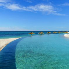 754c7627ce06b Last-Minute Holiday Vacation Deals to Book Right Now