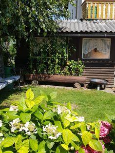 Gemütliche Ecke im Garten Stepping Stones, Outdoor Decor, Plants, Home Decor, Cozy Corner, Cosy Room, Bike Trails, Double Room, Campfires