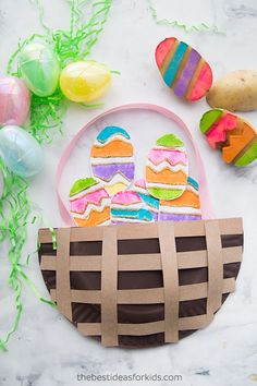Make this easy Easter paper plate basket and fill it with potato stamped Easter eggs! This is a fun Easter craft activity for kids of all ages! Crafts For Kids To Make, Crafts For Girls, Crafts To Sell, Easter Craft Activities, Easter Crafts For Kids, Holiday Activities, Paper Plate Basket, Paper Plates, Egg Stamp