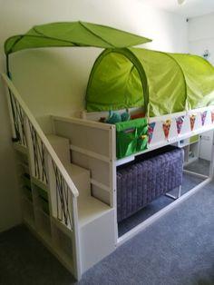 Children's room ikea Kura / Trofast Source by sunshinedeluxsk Lego Bedroom, Ikea Bedroom, Baby Bedroom, Girls Bedroom, Ikea Nursery, Trofast Ikea, Ikea Bed Hack, Ikea Kura Bed, Baby Zimmer Ikea