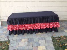 minnie-mouse-inspired-ruffle-tablecloth