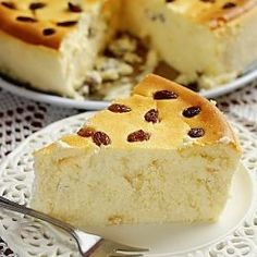 Vienna Cheesecake is a traditional Polish cheesecake that my grandma used to make. It's creamy, soft and simply delicious! Polish Desserts, Polish Recipes, Food Cakes, Cupcake Cakes, Cupcakes, Sweet Desserts, Delicious Desserts, Cheesecake Recipes, Dessert Recipes